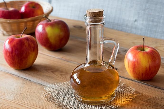 Aceto di mele per la pelle grassa