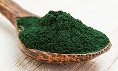 Integratore a base di alga spirulina con tante proprietà per la tua salute.