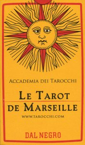 LE TAROT DE MARSEILLE - I TAROCCHI DI MARSIGLIA di a cura di Carlo Bozzelli