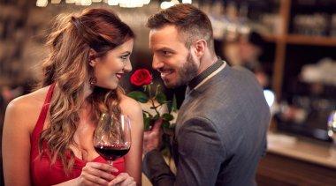 Scopri dove trovare il compagno giusto - L'amore esiste!