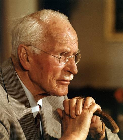 """Nhà tâm lý học Carl Gustav Jung từng nói: """"Tính cách quyết định vận mệnh"""".2"""
