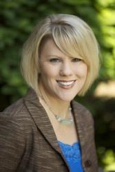 Rachel Buchholz